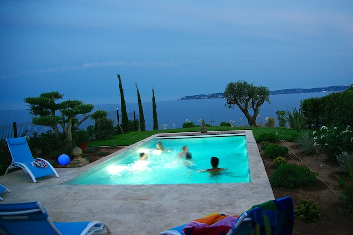 VILLA very CENTRAL... with PANORAMIC SEA VIEWS !