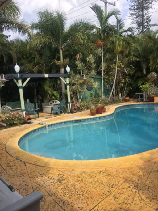 Ft Lauderdale Bungalow W Pool Near Wilton Manors