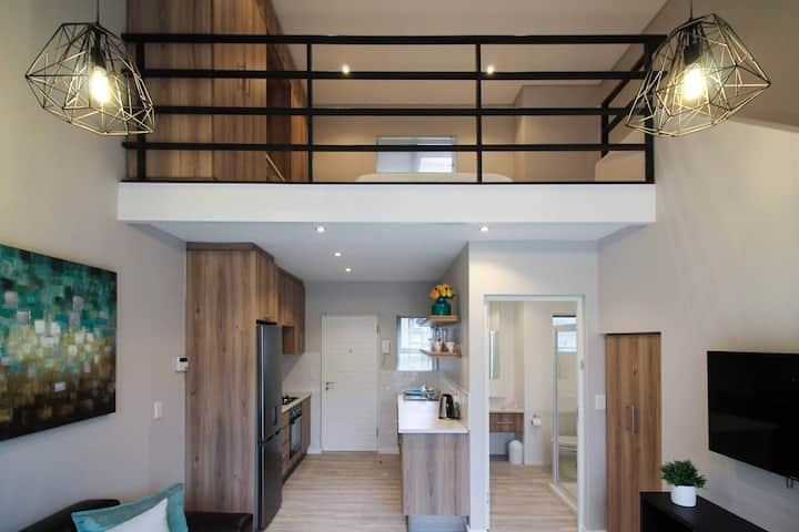 Modern Loft Apartment 7