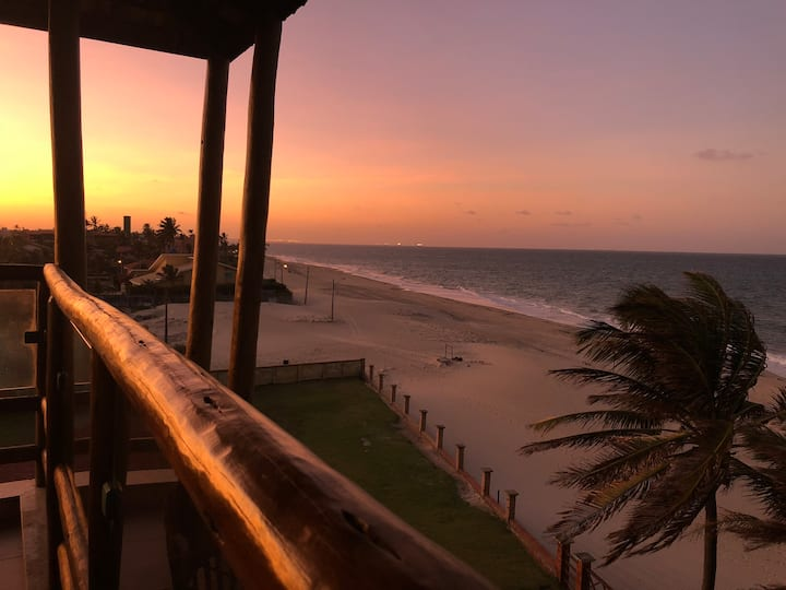 Paraíso em frente ao Mar em condomínio privado!