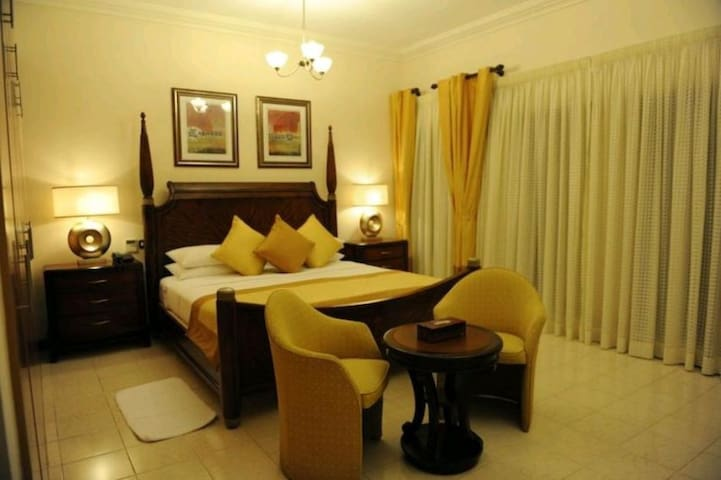 PRIVATE ROOM AVAILABLE ..... - Ghaziabad - Apartment