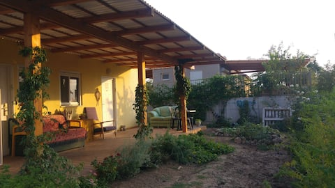 A small pastoralic apartment 30 min from Jerusalem
