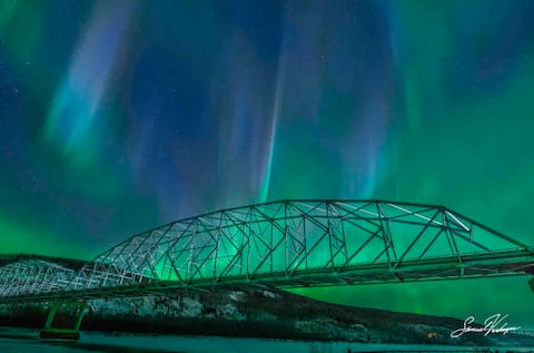 Rustic Aurora Lodge - Alaskan Retreats