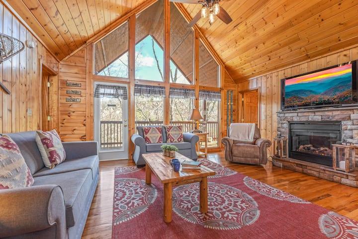 2 King BR 2 Bath Smoky Mtn Lux Cabin Best Location
