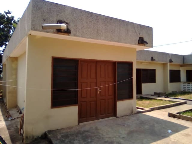 1Bdm Apt  in quiet Cape Coast  residential Area