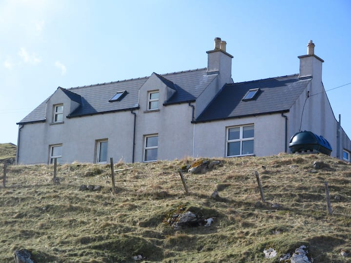 23, Valtos self catering holiday cottage