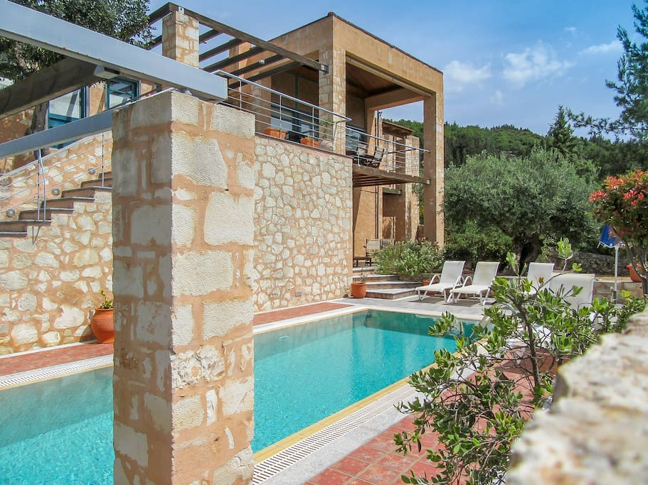 Villa Aphrodite front view