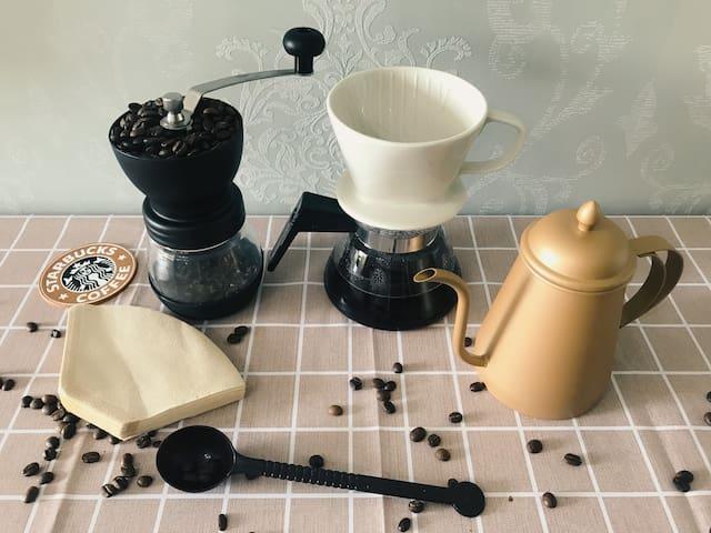 免费提供咖啡豆+手磨咖啡工具组套