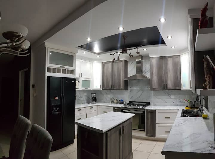 2 Habitaciones en Casa Moderna 5min aeropuerto
