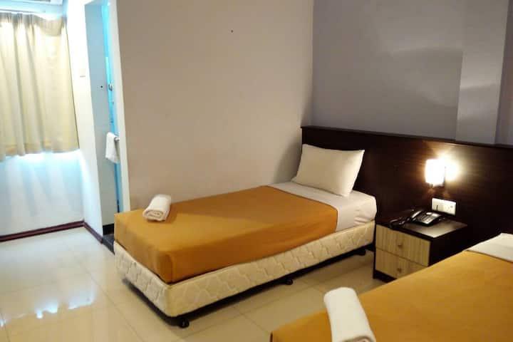 Georgetown Hotel  (Deluxe Twin / 2 Single Room)