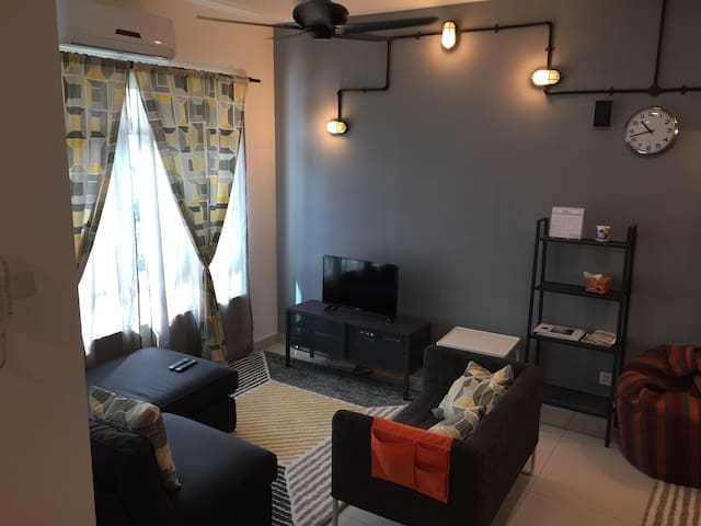 Bangsar South Fully-furnished Family-friendly