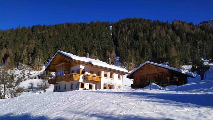 Airbnb Pragser Wildsee Vacation Rentals Places To