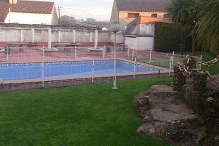 duplex con piscina - Cambados