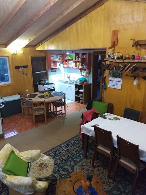 Casa de campo familiar Chaitén (habitacion 1)