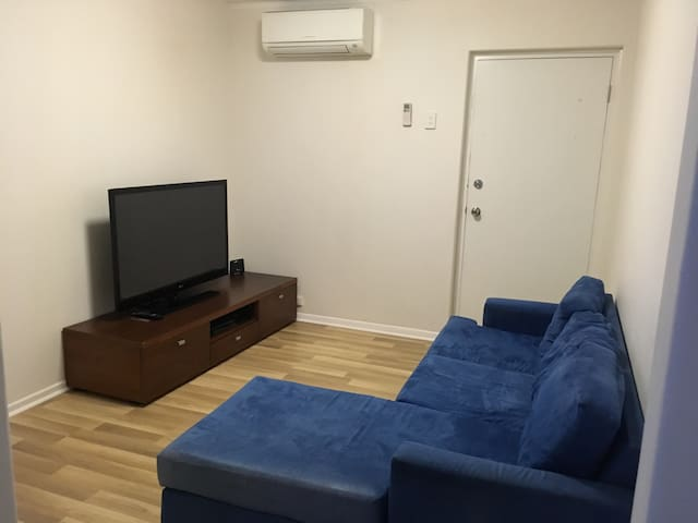Confortable place - Clayfield - Apartment