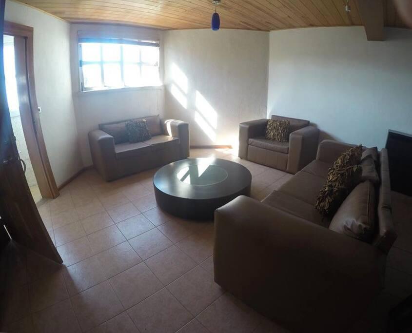 Sala de estar, para que descanses a tu regreso de explorar la ciudad, también es un área común