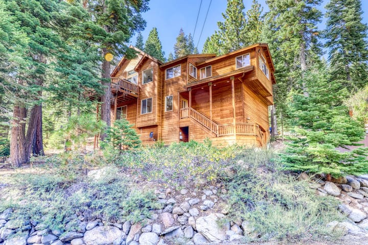Gorgeous family home surrounded by trees w/ a furnished deck & BBQ