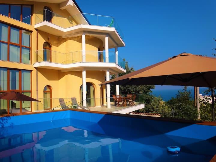 Villa Varna Sea View - escape the big city