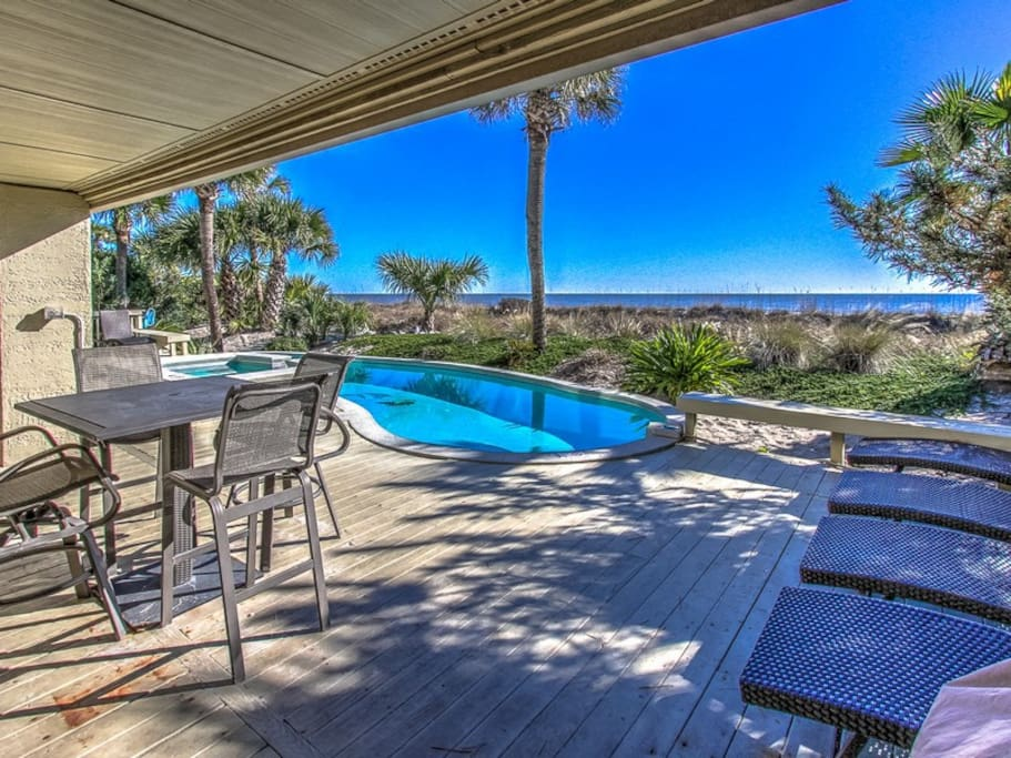 Pool Deck Offers Plenty of Seating and Beautiful Ocean Views at 8 Ketch