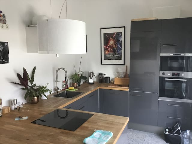 Nice and cozy penthouse near Munich - Puchheim - Appartamento