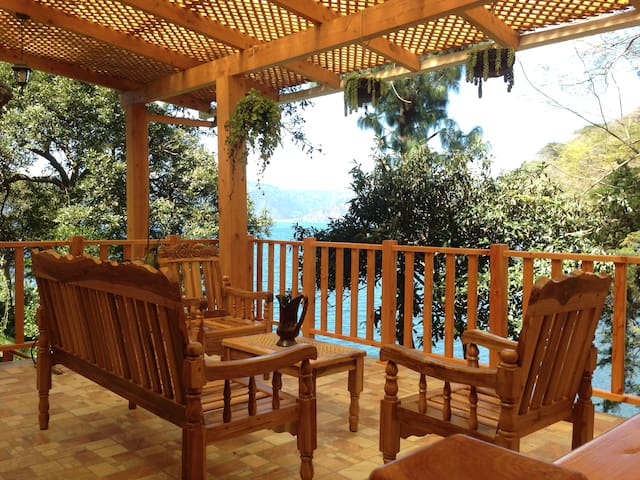 Mi Casa, Tu Casa, Lakefront Bedroom #3, Atitlan
