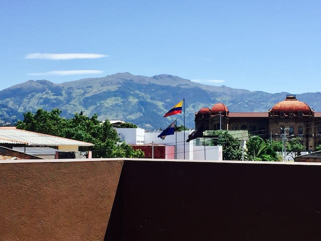 Dpto Terraza, Ubicación Exclusiva, Central Cuenca