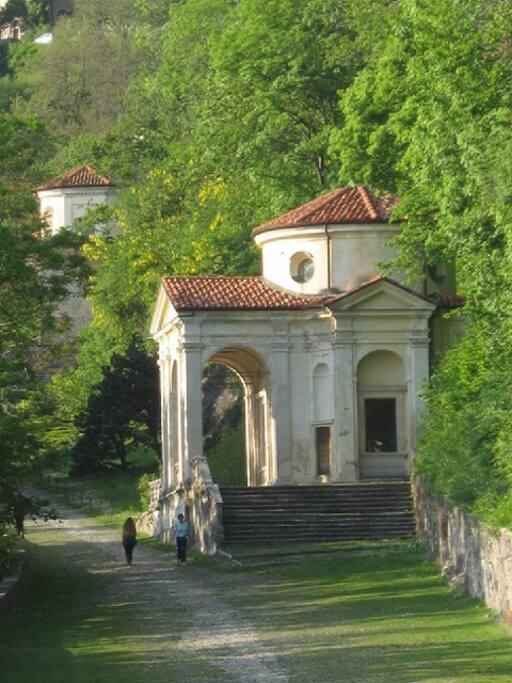 VIII cappella sulla via Del Santuario