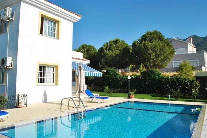 KB406 Luxury Dublex Villa In Kyreni - Willa