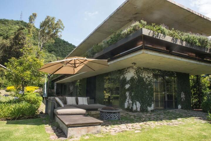 Preciosa casa con acceso al Lago de Valle de Bravo