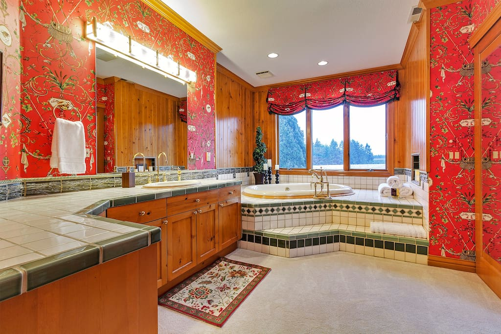Grand Fir Bathroom his