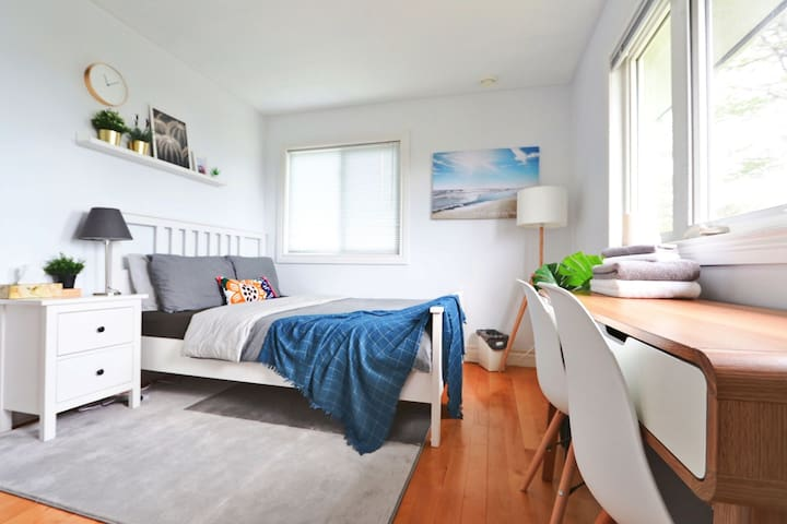 Clean&Comfy/Stylish/Peaceful Harbour View