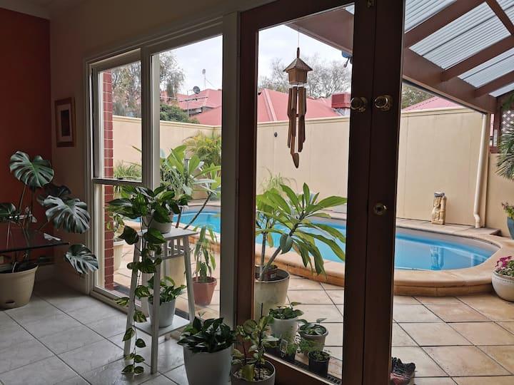 ❤Cosy room near City Adelaide Oval Fringe NETFLIX
