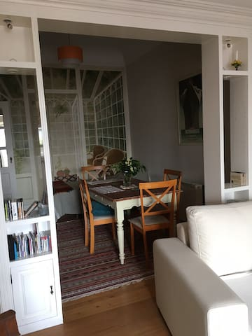 Principe Real Apartment with a Terrace - Lisboa - Apartemen