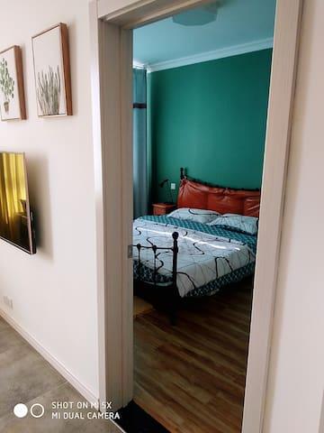 独立卧室,保证多人共住的隐私性。