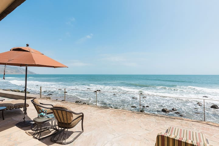 Oceanfront Dolphin Point at Faria Beach - Ventura