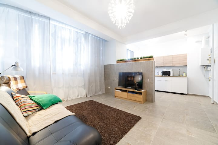 Beautiful Apartment with two separate bedrooms - Sochi - อพาร์ทเมนท์