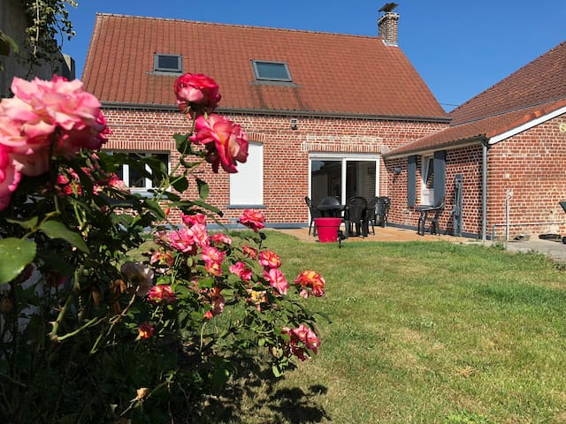 Furnished house near Calais