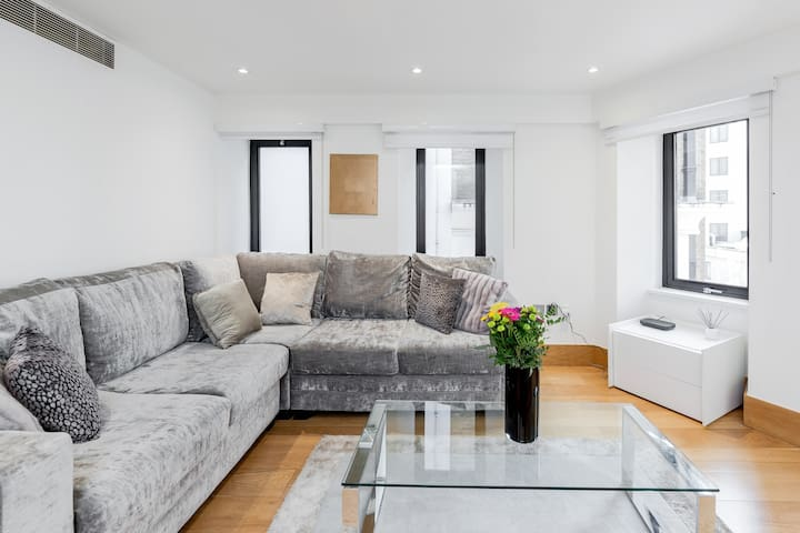 ✪ Elegant 2BR/2BA in Mayfair next to Selfridges ✪
