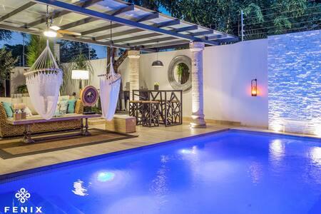 1Micro hotel boutique:  Romantic penthouse 150mts2