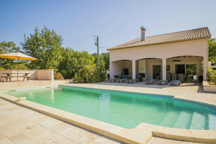 Casa moderna con piscina privat i luoghi più belli del fiume Lot
