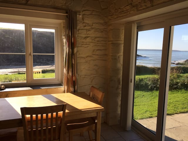 Primrose Cottage - enjoying wonderful sea views