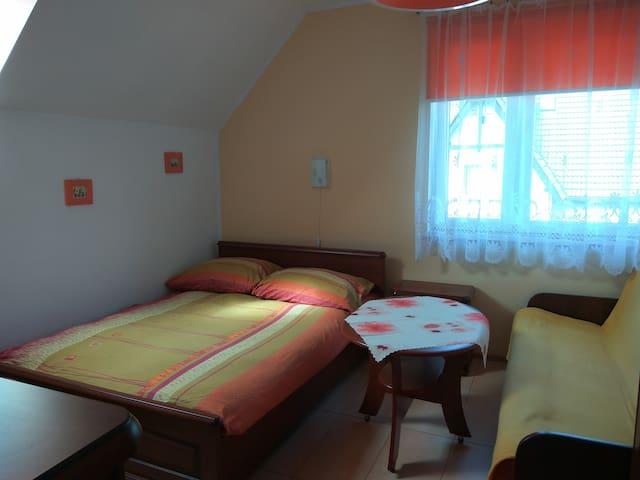 Dom Gościnny ANNA 350m do morza, 150 m do centrum - Jarosławiec - Hus