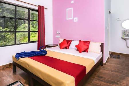 Grace Inn Munnar Homestay Room for 2 - Idukki - Huis