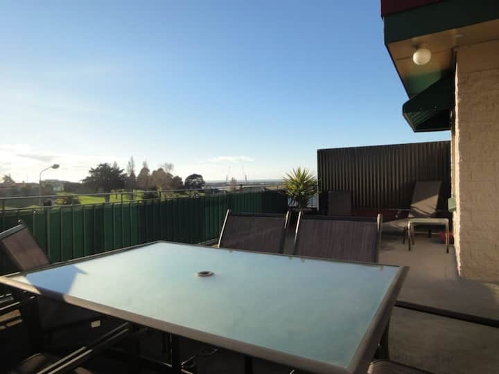 Timaru apartment with a view