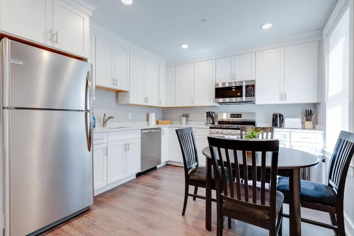 New 3 Bed 2 Bath Tourist House near Kendall Square