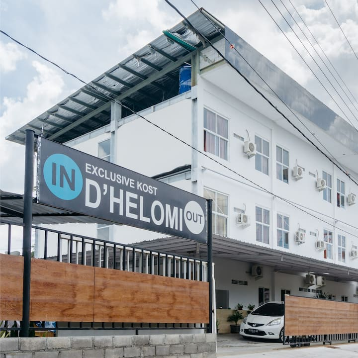 D'HELOMI Homestay Yogyakarta - Premium Room 8