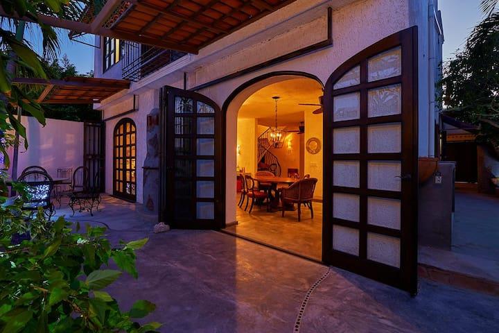 Villa Viento Pintado - Real Life in Baja Mexico - San José del Cabo - Villa