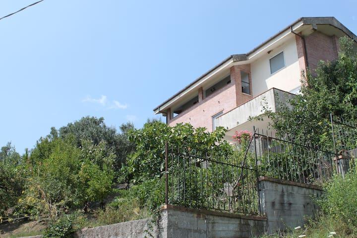 Casa La Vigna - private Ferienwohnung im Cilento