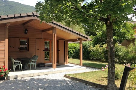 Annecy Lake side cabin - Doussard - Chalet