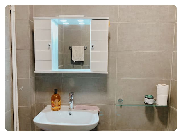 Bathroom A